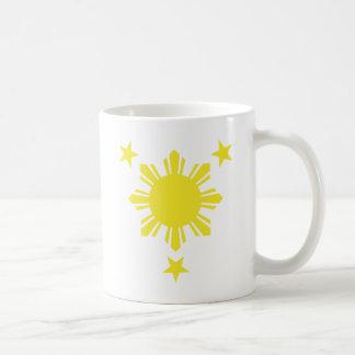 Sun básico filipino y estrellas - amarillo tazas