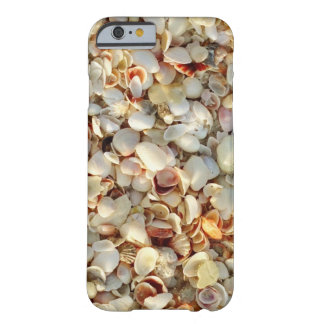 Sun besó cáscaras del mar funda de iPhone 6 barely there