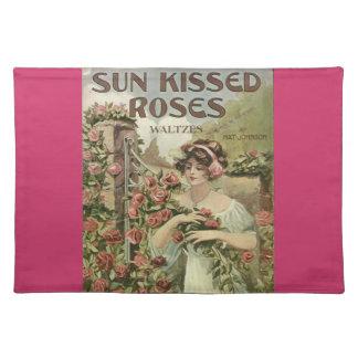 Sun besó el placemat de los rosas manteles individuales