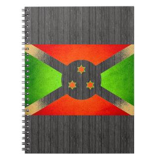 Sun besó la bandera de Burundi Cuadernos