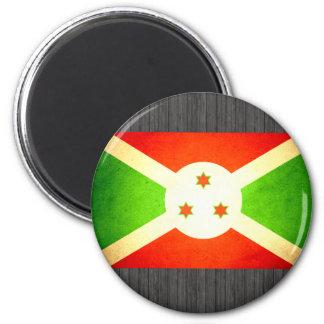 Sun besó la bandera de Burundi Imanes Para Frigoríficos