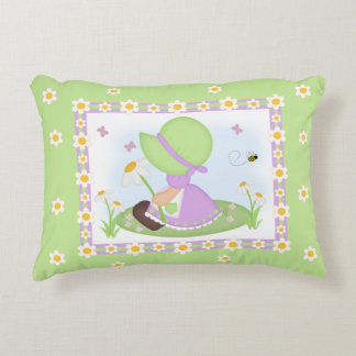 Sun Bonnet Girl Daisy Flower Lavender Green Floral Decorative Pillow