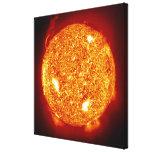 Sun con las llamaradas solares impresiones en lona