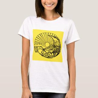 sun conch T-Shirt