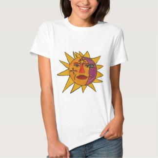 Sun e ilustraciones a mano de la luna polera
