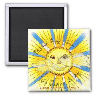 "Sun en nubes - 2"" Sq. Imán (blanco)"