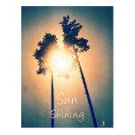 Sun es brillante postal