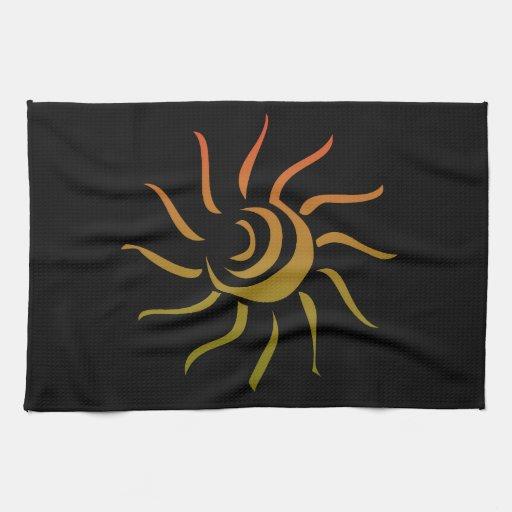 Sun estilizado sobre fondo negro toalla de cocina