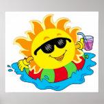 Sun feliz en la piscina impresiones