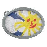 Sun feliz hace frente a sonrisa hebilla de cinturon oval