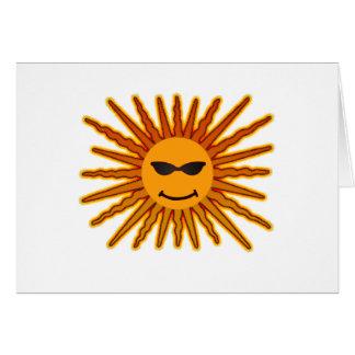 Sun hace frente con el icono de las gafas de sol tarjeta de felicitación