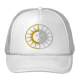 SUN & MOON Symbol - gold silver Trucker Hats