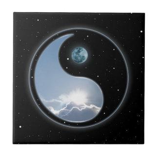 Sun-Moon Yin-Yang Tile