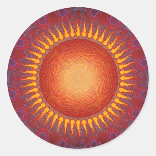 Sun psicodélico: Diseño espiral del fractal Etiqueta Redonda
