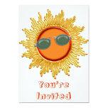 Sun radiante con las gafas de sol invitación 12,7 x 17,8 cm