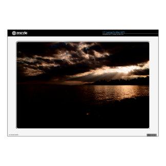 "Sun Rays 17"" Laptop Skin For Mac & PC"