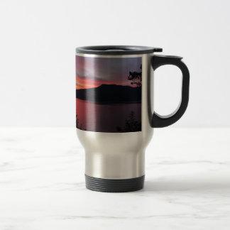 sun-rise-183 travel mug