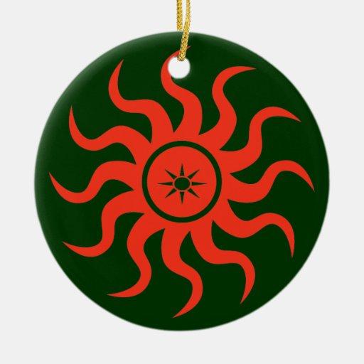 Sun rojo de baile adorno navideño redondo de cerámica