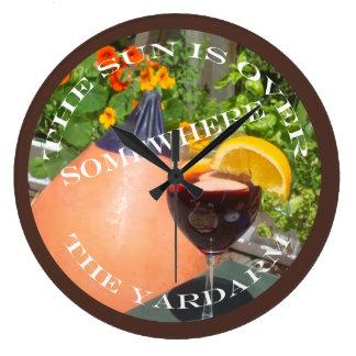 Sun sobre el Yardarm Reloj Redondo Grande