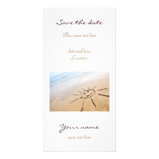 Sun sonriente en la playa tarjeta con foto personalizada