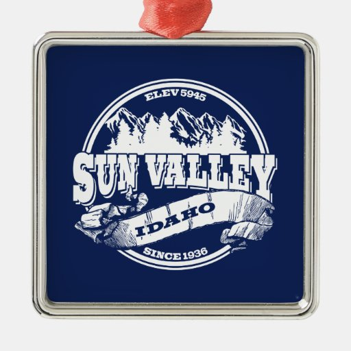 Sun Valley Old Circle White Christmas Ornament