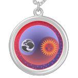 Sun y luna en equilibrio el collar de Yin Yang