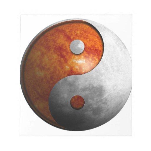 Sun y luna Yin y símbolo de Yang Bloc De Notas