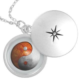 Sun y luna Yin Yang Collar Con Colgante