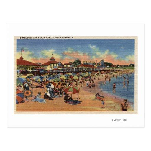 Sunbathers y nadadores en paseo marítimo y la postal