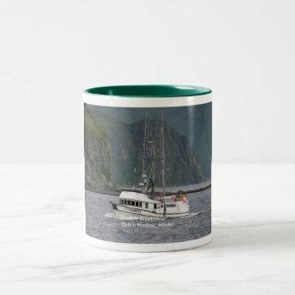 Sundancer, palangrero en el puerto holandés, taza de dos tonos