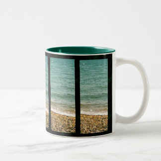 Sunday at the beach - inspiration Mug