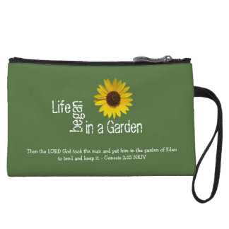 Sunflower Life in a Garden Clutch