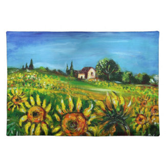 SUNFLOWERS AND COUNTRYSIDE IN TUSCANY PLACEMAT