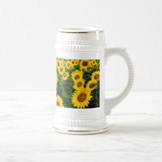 Sunflowers in Fargo, north Dakota 18 Oz Beer Stein