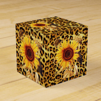 SUNFLOWERS WITH LEOPARD FUR BOW SUMMER PARTY FAVOR BOX