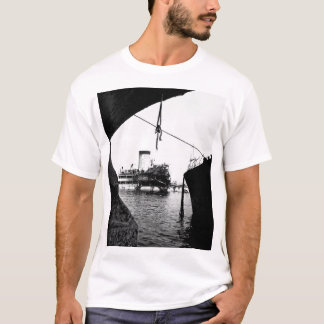 Sunken Japanese ships in Manila_War Image T-Shirt