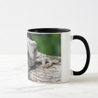 Sunnin' Tree Frog Mug