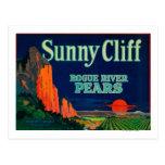 Sunny Cliff Pear Crate LabelMedford, OR Postcards