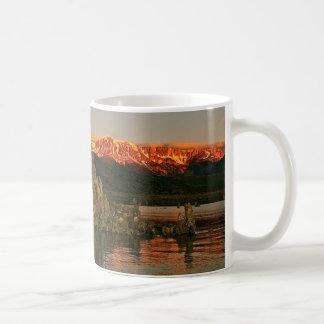 SUNRISE AT MONO LAKE, CALIFORNIA COFFEE MUG