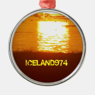 SUNRISE - ISLAND OF RÉUNION - INDIAN OCEAN ROUND METAL CHRISTMAS ORNAMENT