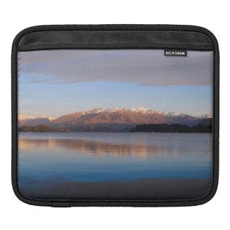 Sunrise on Lake Wanaka, New Zealand Sleeve For iPads
