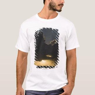 Sunrise over Indian Ocean, Vilanculos, Inhambane T-Shirt