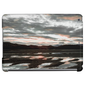 Sunrise reflections at Lago Grey. Torres del iPad Air Covers