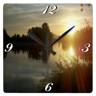 Sunrise Water, Clock