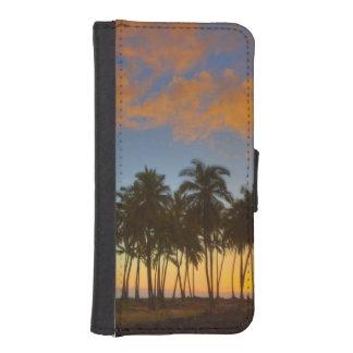Sunset at National Historic Park Pu'uhonua o iPhone SE/5/5s Wallet Case