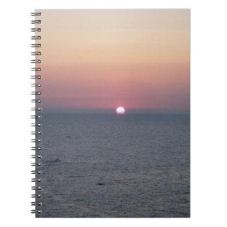 Sunset at sea libro de apuntes