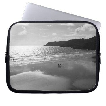 Beach Themed Sunset Bay Neoprene Laptop Sleeve 10 in (B&W) RBD