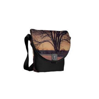 Sunset bench messenger bag
