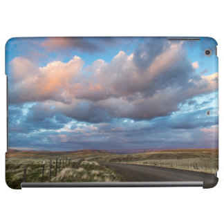 Sunset Clouds Over Gravel Zumwalt Prairie Road Case For iPad Air