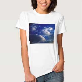 Sunset Cumulus humilis and Dark Blue Sky by KLM T-shirt